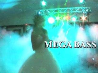 DJ mega bass