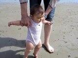 1ers pas dans le sable Klervi