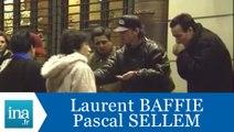 """Caméra cachée Laurent Baffie Pascal Sellem """"les marrons chauds"""" - Archive INA"""