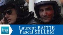 """Caméra cachée Laurent Baffie Pascal Sellem """"La moto"""" - Archive INA"""