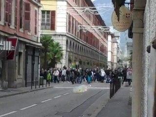 La manifestation dégénère à Chambéry