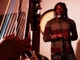 Tiken Jah Fakoly chante Sting