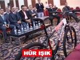 Manisaspor'dan Uluslararası İlk Türk Bisiklet Takımı