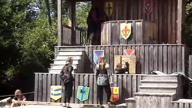 Sterling Ren Fest female pirates fight, get dunked. ...