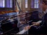 Robert Schumann - Schumann: Carnaval for Piano Op. 9 - V. Pause - Marche des Davidsbuendler contre les Philistins