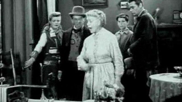 Annie Oakley - Annie and the Leprechauns