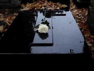 La tombe de Jacques Rigaut, cimetière Montmartre, 6 /11/2010