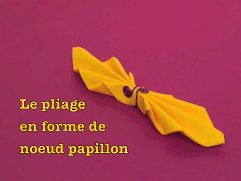 Pliage De Serviette En Forme De Noeud Papillon