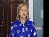 Clinton condamne le gouvernement syrien et l'attaque des ambassades
