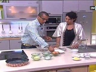 Recette Basboussa en vidéo Cake à la semoule, apprendre à cuisiner Basboussa choumicha Cake à la semoule. Ce gâteau se prépare au Moyen orientmais.