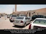 La Police devant la porte de la Mosquée