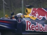 Sebastian Vettel's Lap of honour through Berlin - Thank you