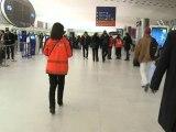 Noël à l'aéroport de Roissy pour les passagers bloqués