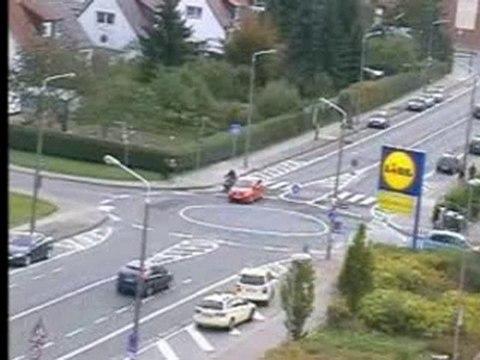 Erfurt hat seinen ersten Kreisverkehr