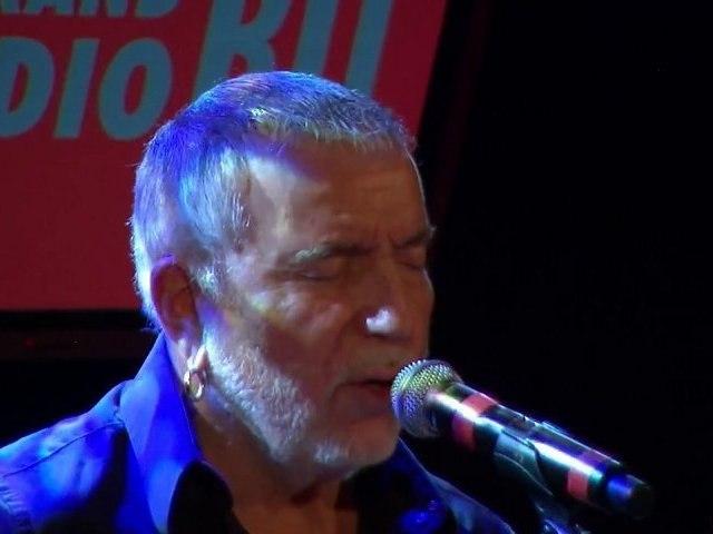 On the Road again de Bernard Lavilliers en live sur RTL