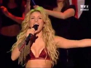 Shakira - Waka Waka aux NRJ Music Awards 2011