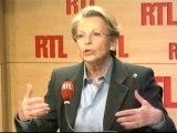 Michèle Alliot-Marie, ministre des Affaires étrangères,