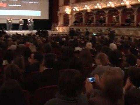 Bif&st 2011 Nichi Vendola premia Checco Zalone