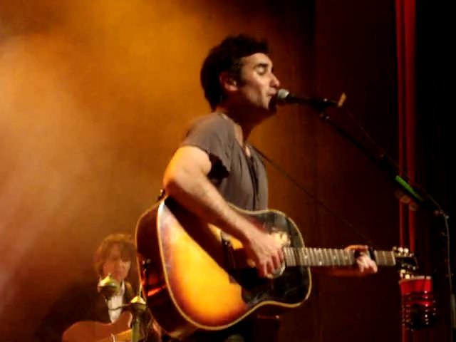 "Joshua Radin ""i'd rather be with You"" Live@La Tulipe 2011"