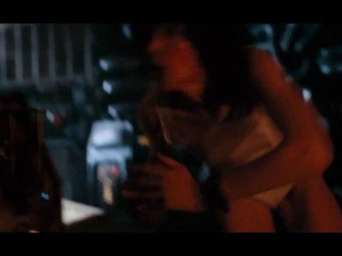 Sigourney Weaver Alien Scene- undies