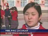 Kırgızistan Türk Okulları çocukları
