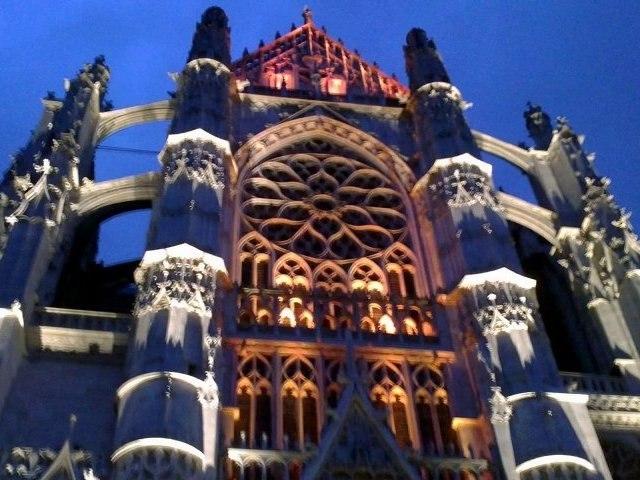 Cathédrale de Beauvais  ( illuminations de la façade)