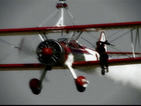 Airstripped.com - The Wingwalking Teaser