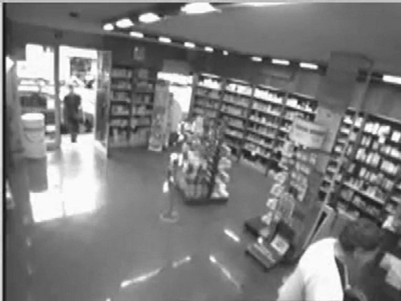 Rapina in una farmacia di Viareggio