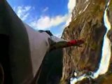 Extreme Base Jumping in Wingsuits