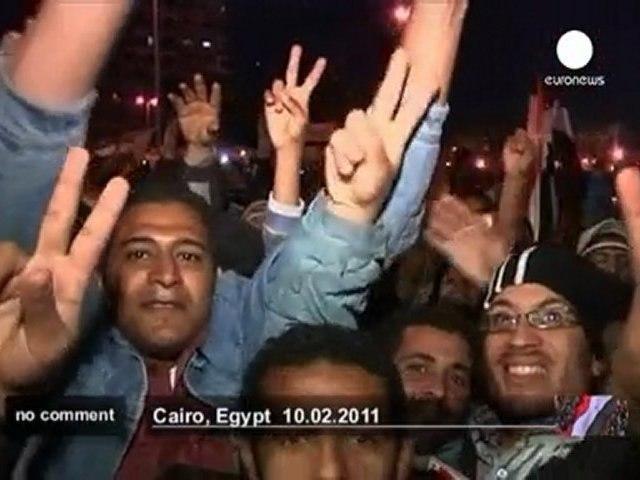 La place Tahrir en ébullition avant le... - no comment