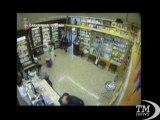 Rapina quattro volte la stessa farmacia a Roma: arrestato