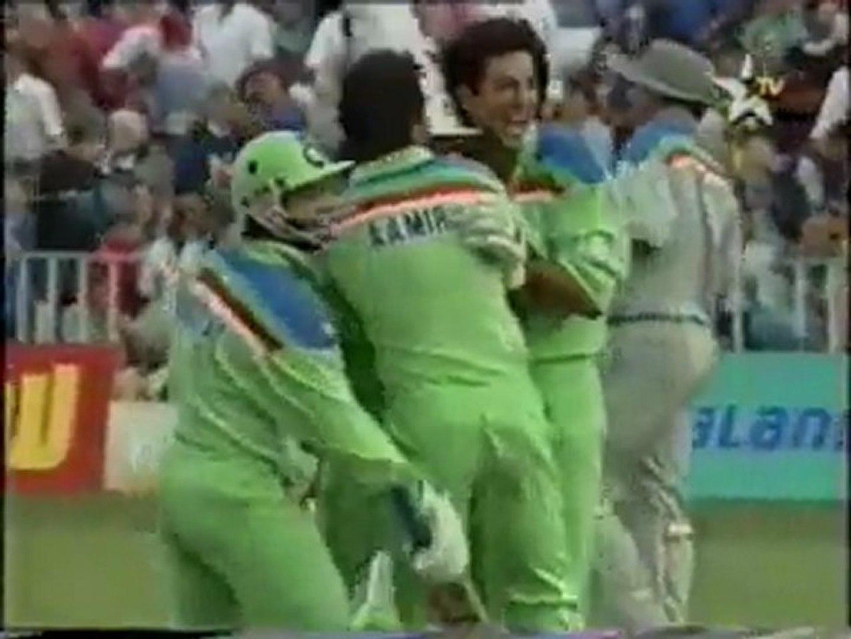 pak vs nzl 1992-Semi- 1992 Final last 2 overs(mymu media)