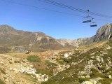 Balade en moto - dans les montagnes des Pyrénées