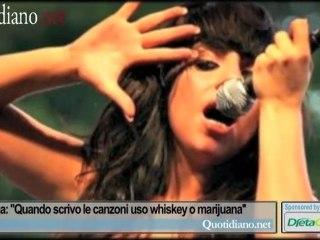 Lady Gaga: ''Quando scrivo le canzoni uso whiskey o marijuana''