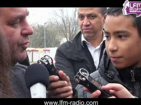 Mantes: Xavier Bertrand au micro des enfants de LFM