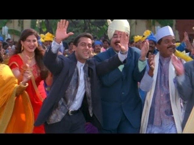 Chote Chote Bhaiyon Ke Bade Bhaiyya - Hum Saath Saath Hain - Salman, Saif Ali Khan, Karishma Kapoor