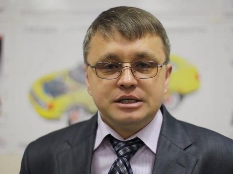"""МСК: теоретический курс в автошколе """"Дебют"""""""