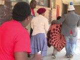 En Sudáfrica, una asociación ayuda a niños gravemente quedamos