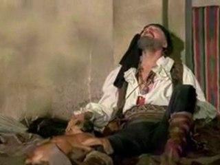 Catherine Zeta Jones tombe d'un avion dans les 1001 nuits