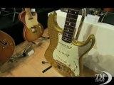 La chitarra di Eric Clapton venduta all'asta per 60mila euro