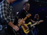 08- Because the Night – U2, Patti Smith, Bruce Springsteen