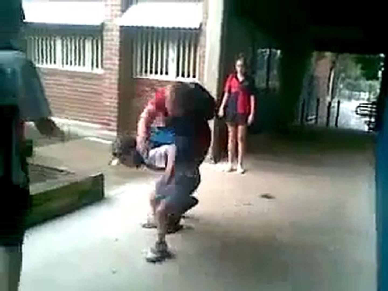 Kid Body Slams His Bully