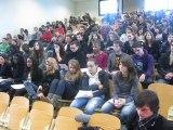 Sandrine Quétier face aux élèves du lycée Le Mans sud