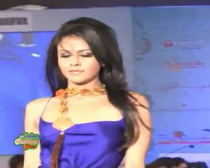Indian Model Without bra On Ramp