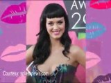 Katy Perry Threatens Company Of Being Pregnant!!!