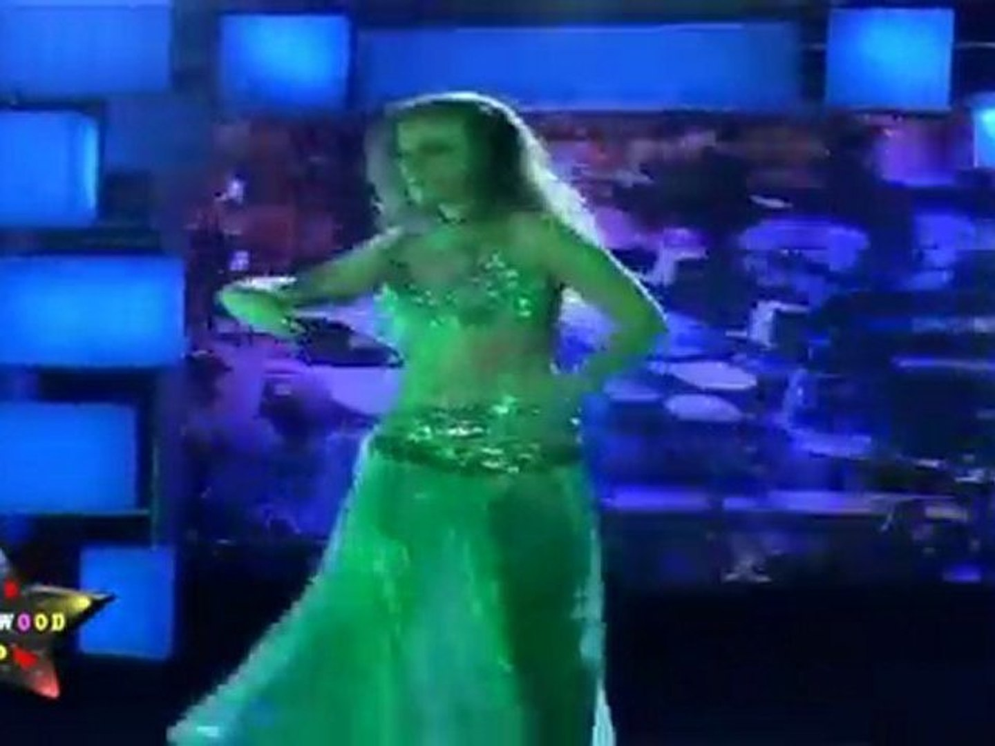 Sexy Russian Babes Sexy Belly Dance At New Year Eve