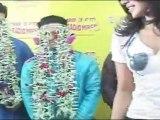 """Sexy Priyanka Chopra With 7 Dulha Of Her In """"Saat Khoon Maaf"""""""