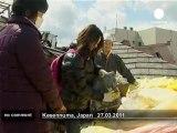 Japon : une famille au milieu des ruines - no comment
