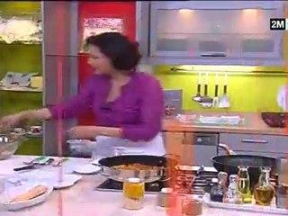 Choumicha - pain naan, cubes de dinde et salade fruit