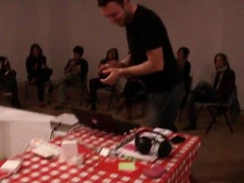 Mazinger Z a la escucha (martes 5 abril 2011)